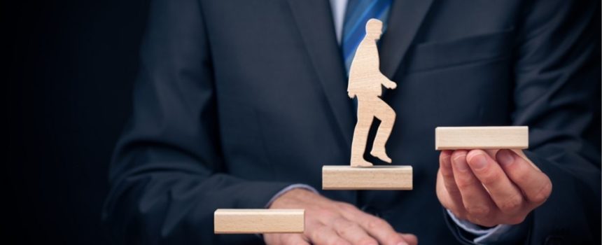 How Should I Be Tracking Employee Progress?